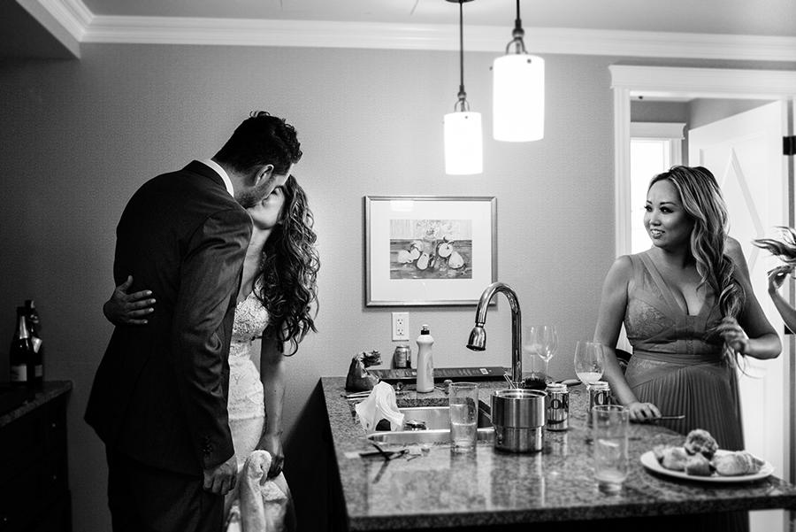 07550_049_storytelling-wedding-photographer.jpg
