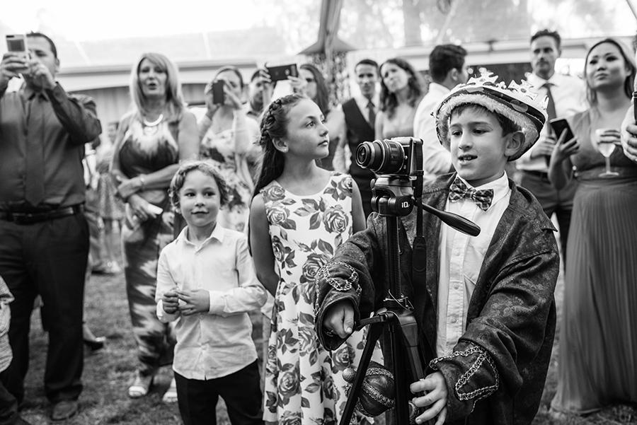 30550_322_storytelling-wedding-photographer.jpg