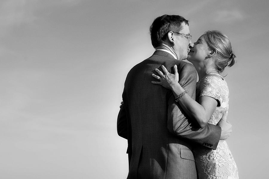 35557_094_storytelling-wedding-photographer.jpg