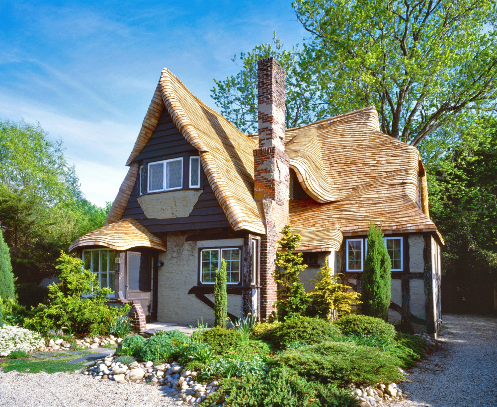 Fairytale house fairy tale cottages you would find in a for How to build a cottage home