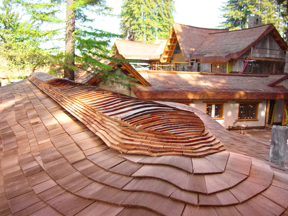 California-Zook-Style-Home-with-Built-up-Eaves-and-Curved-Ridge-(6).jpg