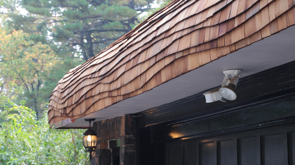 Undulating-shingle-roof-2B.jpg