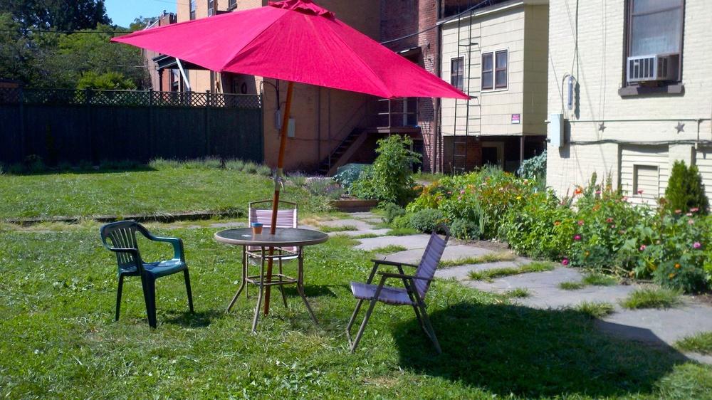 9-12 Garden Picnic Table #2.jpg