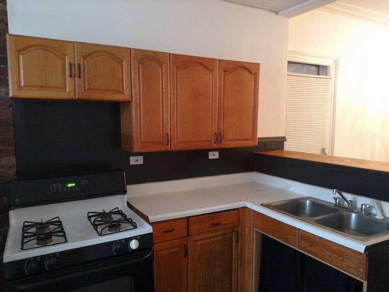 196#2 Kitchen 1.jpg