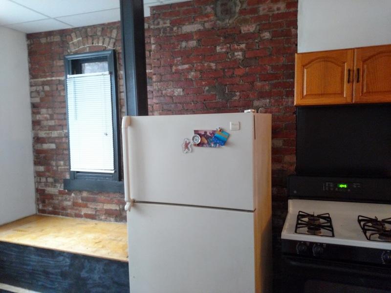 196#2 Kitchen 2.jpg