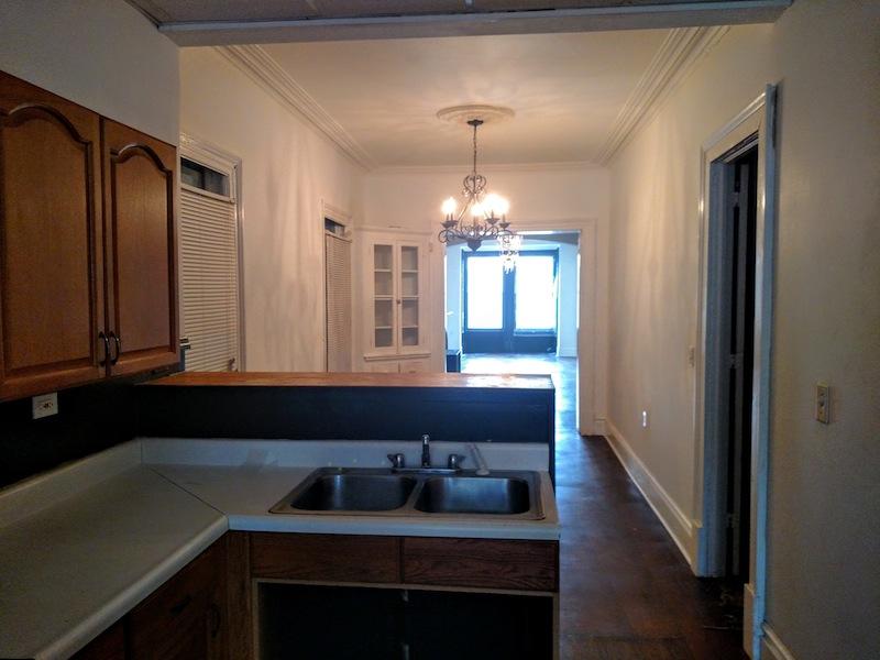 196#2 Kitchen East.jpg