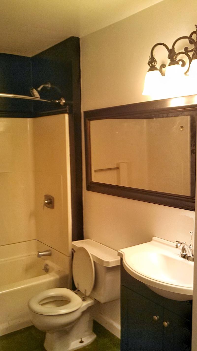 161#7 Bath 1.jpg