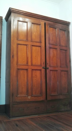 38#5 Closet.jpg