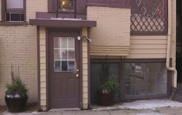 34#2 Entrance & Porch.jpg