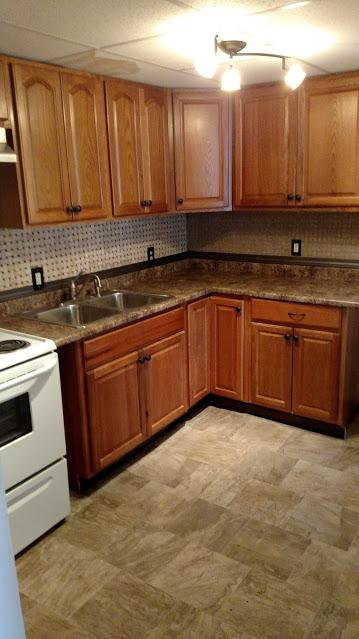 32#1 Kitchen 3 .jpg