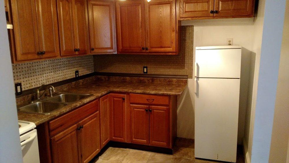 32#1 Kitchen2 .jpg