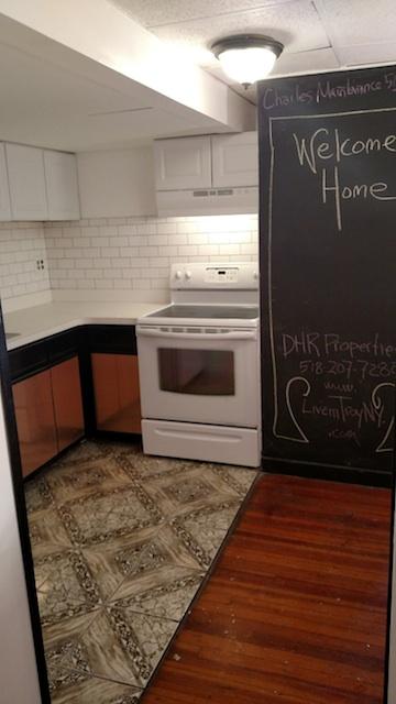 36#1 Kitchen 1.jpg