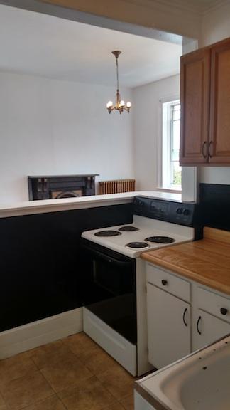 122#4 Kitchen 4.jpg