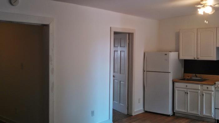 124#3 Kitchen Bedroom.jpg