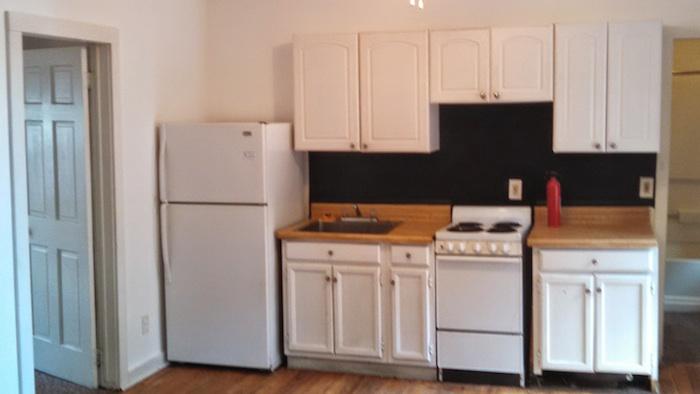 124#3 Kitchen.jpg