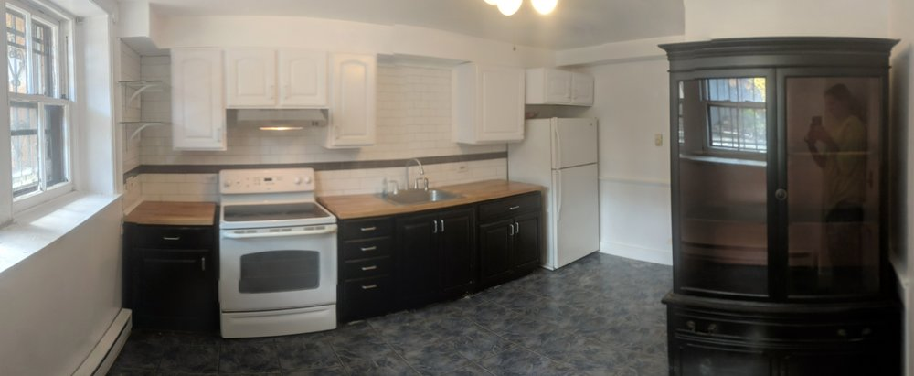 Kitchen Pano.jpg
