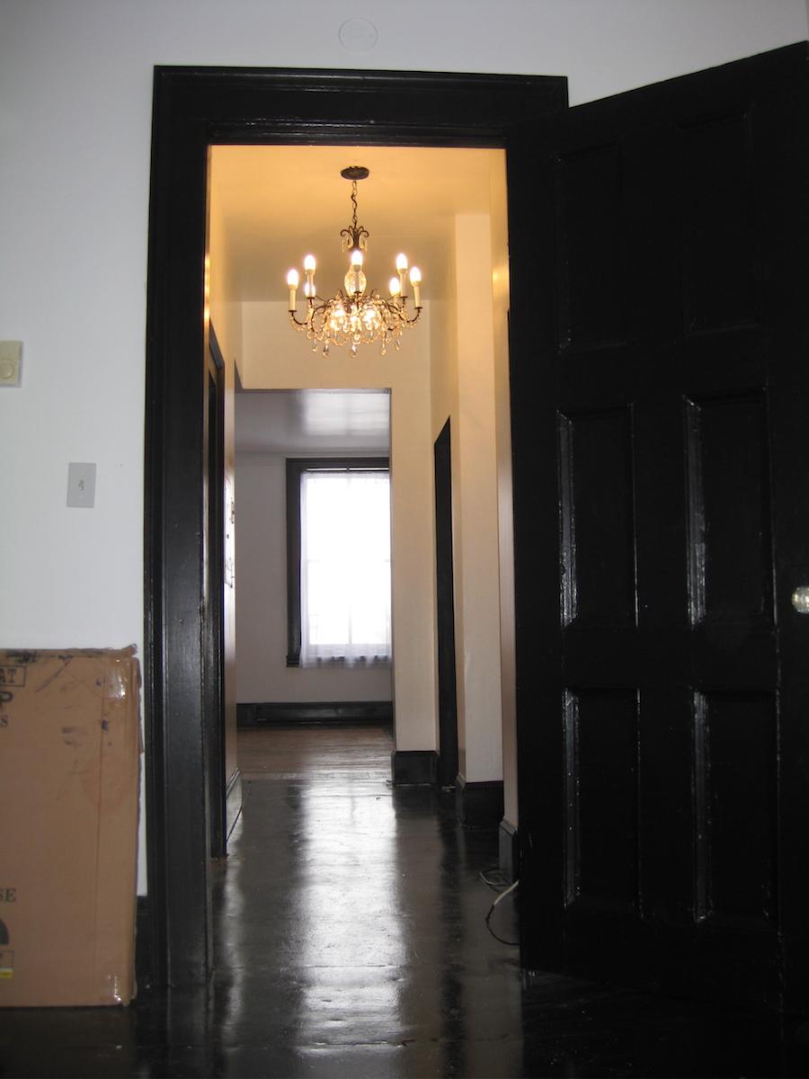 32#6 Hallway.jpg