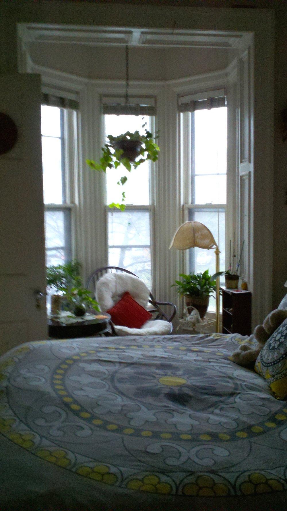 122#3 Front Bedroom.jpg