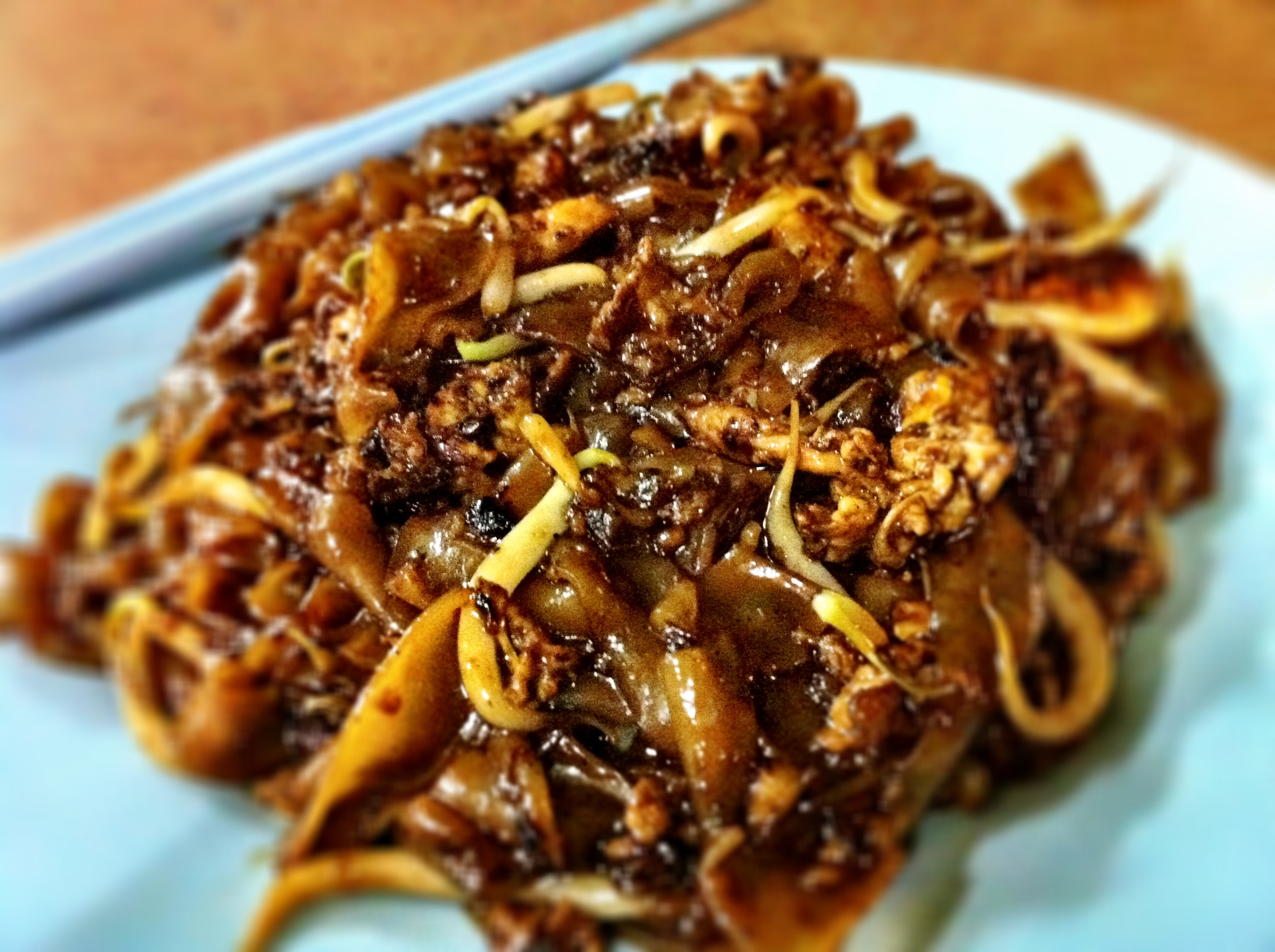 Char kway teow (stir fried flat rice noodles with dark soy sauce, cockles, eggs and bean sprouts): Hill Street Fried Kway Teow: Blk 16, Bedok South Road, #01-187, Singapore 460016