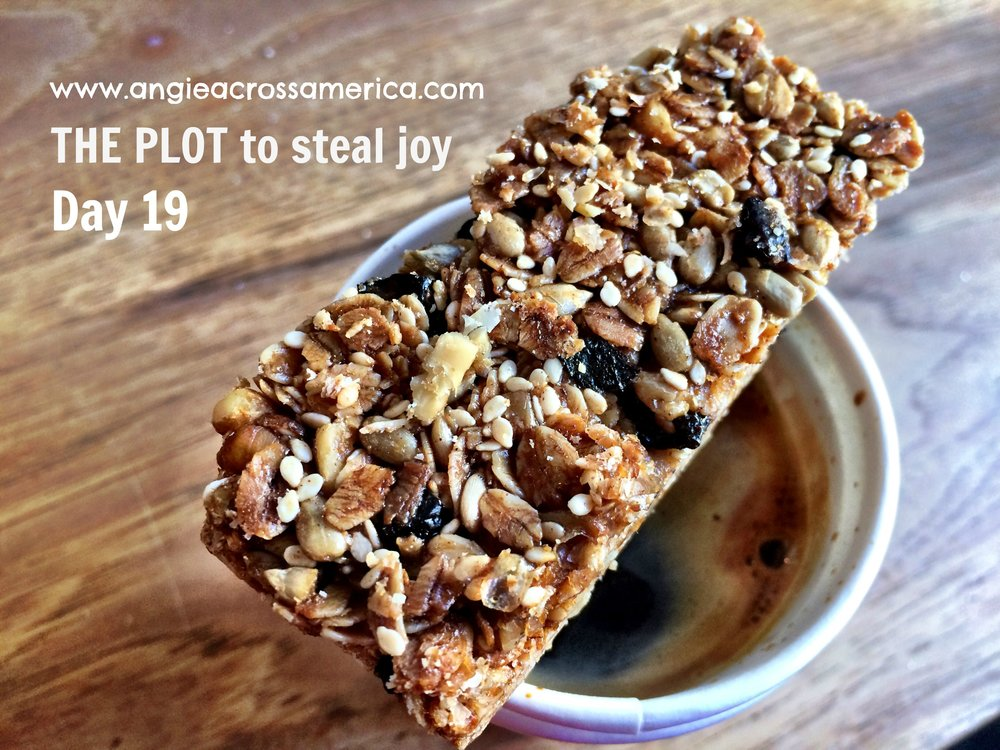 A rare treat, seeing I've been coffee-free for over two months now, but this splendid cup of Americano and homemade granola bar from  Piccino  Coffee Bar at DogPatch in San Francisco is too heavenly to pass so indulge I did.