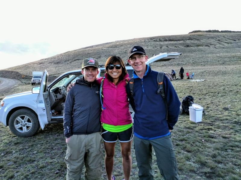 What a coincidence! Ran into a good friend Gabe (left of pic, in grey) at the trail start of White Mountain. He was also planning to climb White Mountain with 8 others. Right of pic, in blue, is Steve, the man responsible for helping me climb my first 14er ever. Thanks Steve!