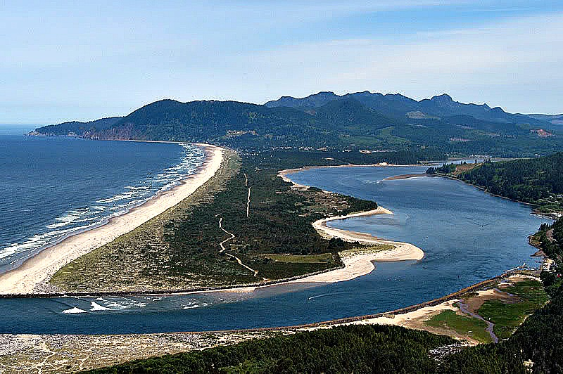Nehalem Bay. This was exactly what I saw riding at a higher plateau, looking over the Pacific Ocean. Pic credit: http://www.windsurforegon.com/nehalem-bay
