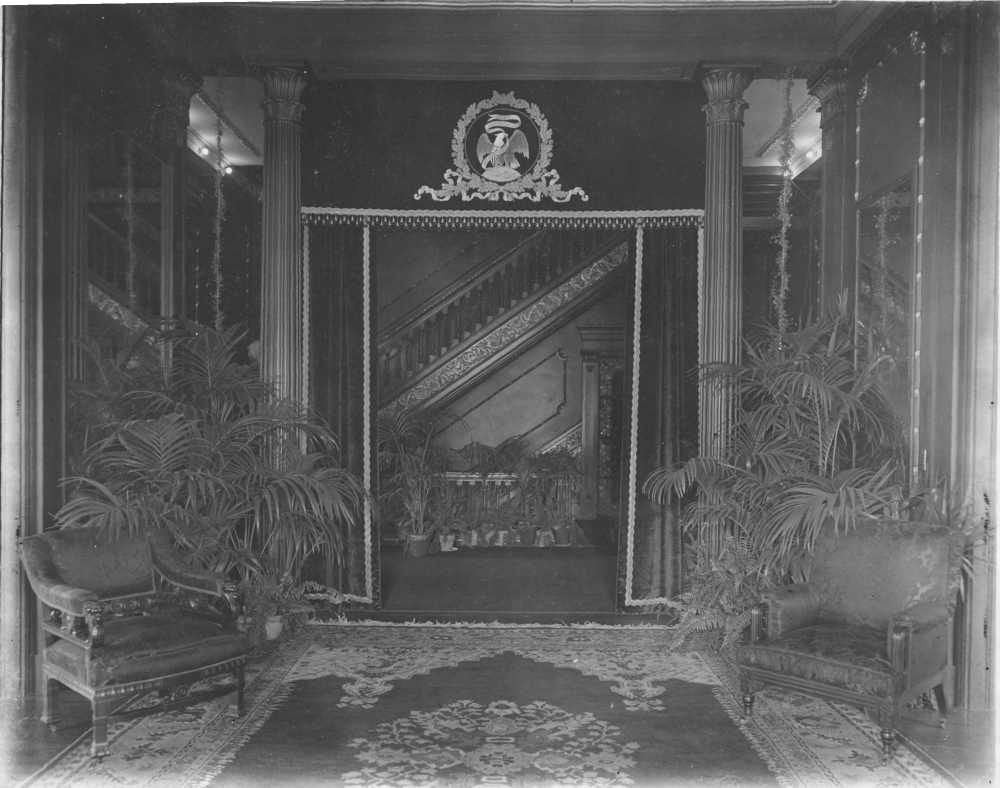 1901 Yates Entrance Hall  IHPA.png