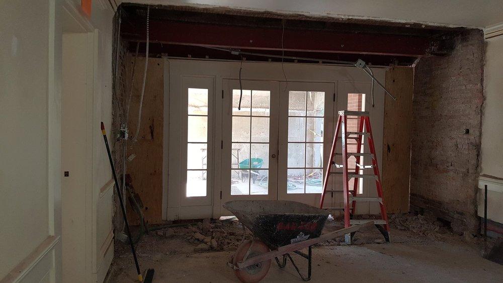 Ground floor vestibule-min.jpg