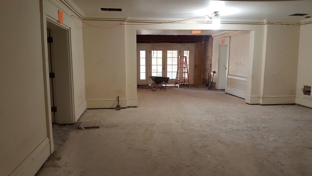 the quarry tile %22brick%22 floor is gone!-min.jpg