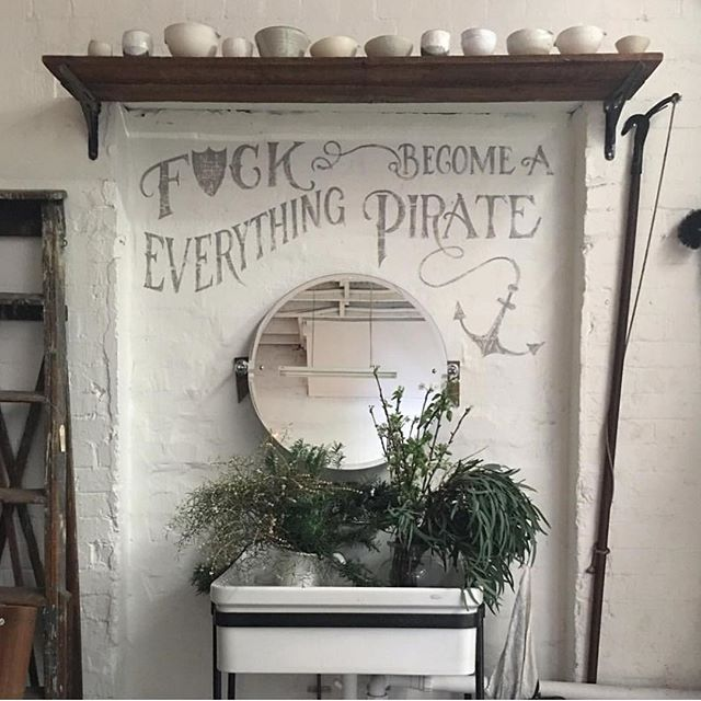 We're going to follow @sibellacourt advice she has showcased on the wall of the lovely @thesocietyinc . Who's with us? 🙋🏼‍♀️ #mondaymotivation #becomingapirate