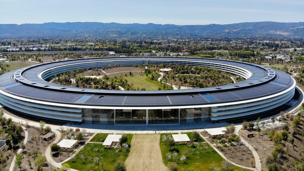 Najnowsze biuro Apple, w którym pracuje 12 000 osób.