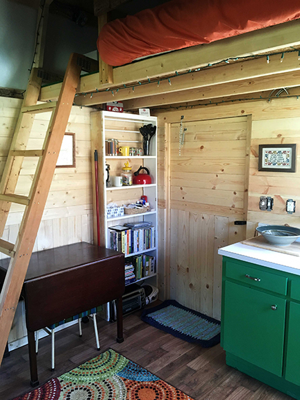 root_bottom_farm_tiny_house