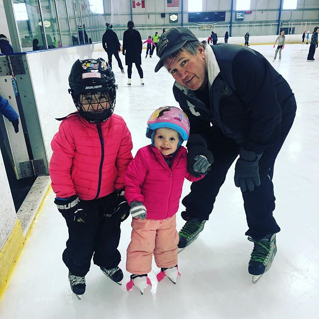 Thanks to everyone who joined the Eastbridge Neighbourhood Association for our Family Skate this St. Patrick's Day. Hope everyone had an amazing time 🍀 See you at our next event 😊