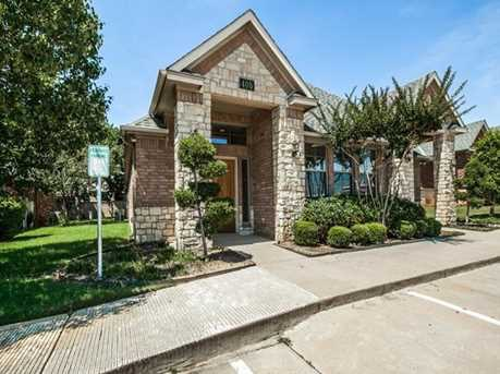 Beautiful building conveniently located at: 405 Harwood Rd, Bedford, TX 76021