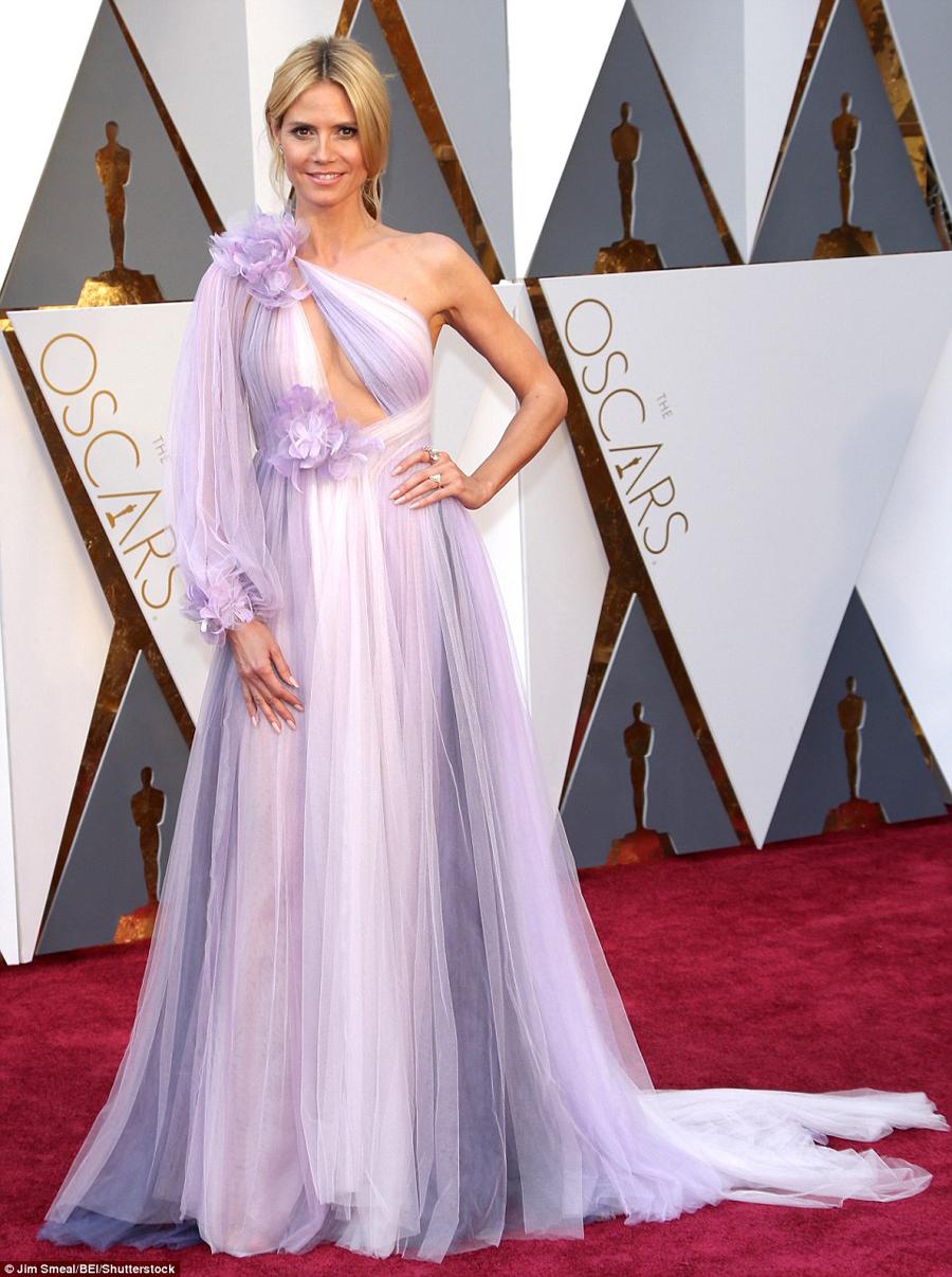 Heidi Klum in a Marchesa gown