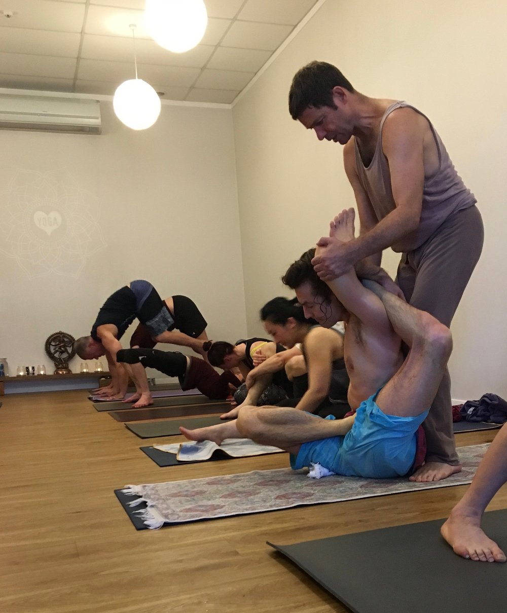 Viranchyasana A with Peter Sanson
