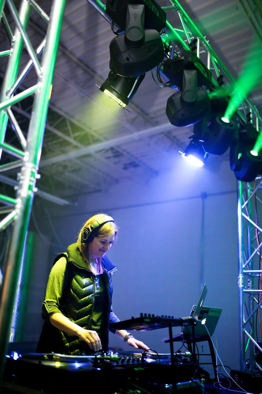 Dance Party-0080.jpg