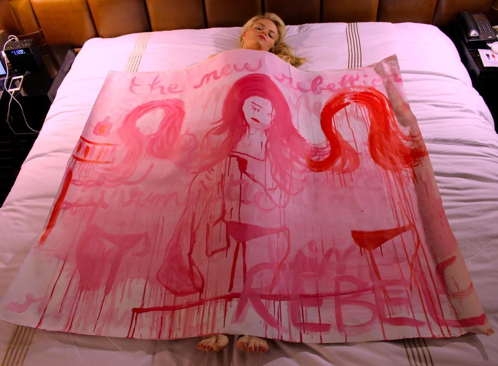 Anais de Contades sleeping in her painted canvas .jpeg