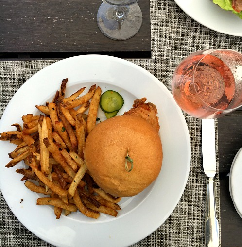 Wauwinet Chicken Sandwich