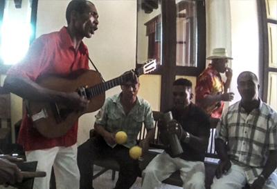 DIÓGENES Y SU CHANGUI [Cuba]