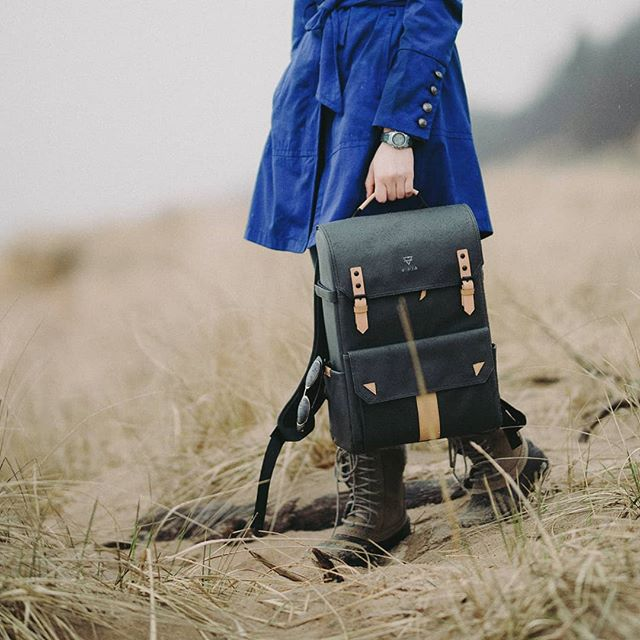 TYPE-II: Charcoal + Natural coastal travels. @sidneybakergreen  #TheModernTraveler #Travelbag