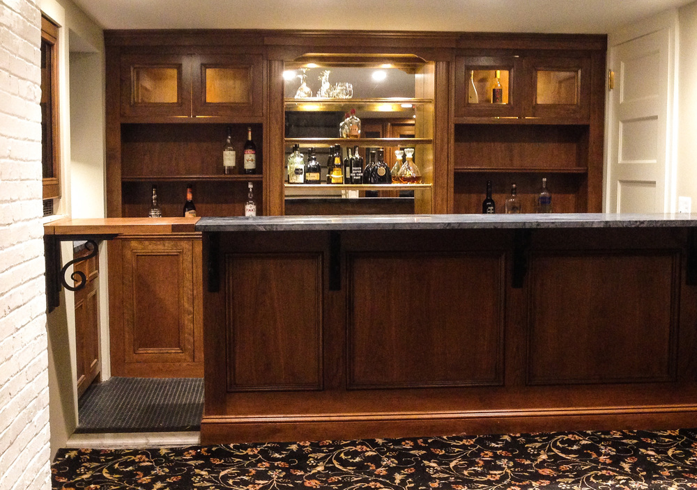 Built-In Wet Bar