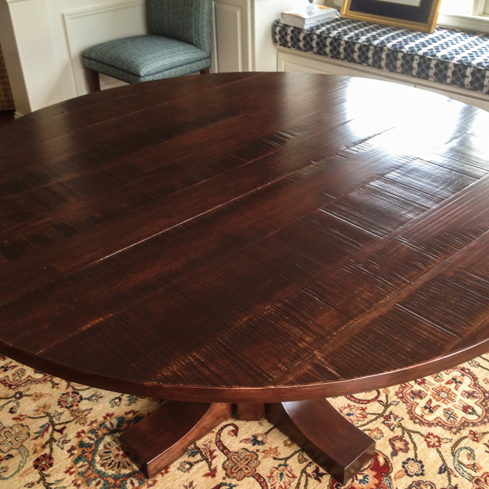 Round Dining Table, Pedestal Base - Table Top Finish Detail