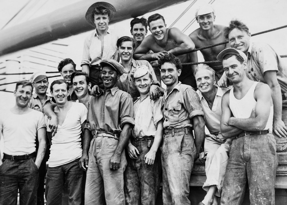 Ted (back row, second from the right) and his crew mates