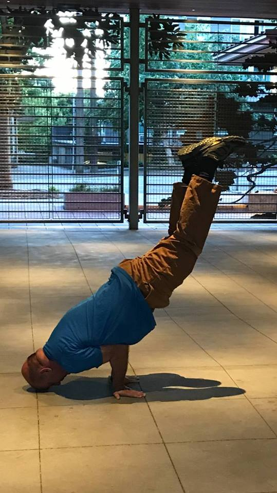 Kelvin Kleinman        Vinyasa, Yin, Restorative, and Yoga Nidra Certified RYT 200