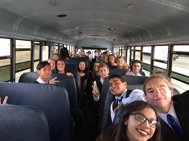Chamber choir on the way to RCC festival!🎉🎤they did amazing!🎶@rccchambersingers #choir