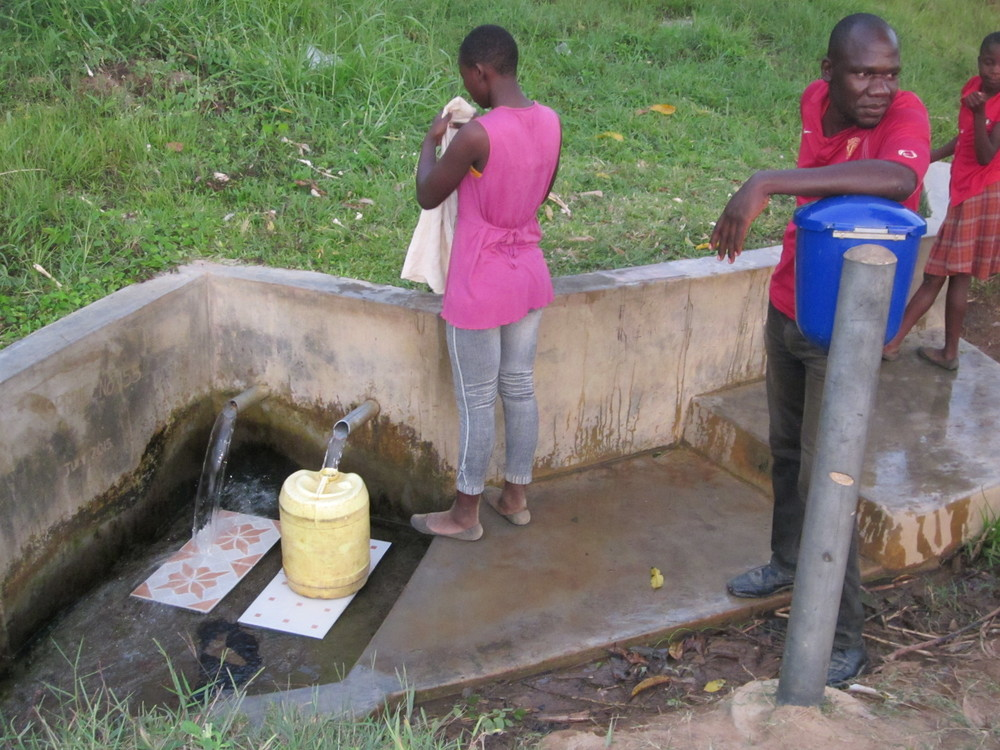 Filling containers with clean, spring water