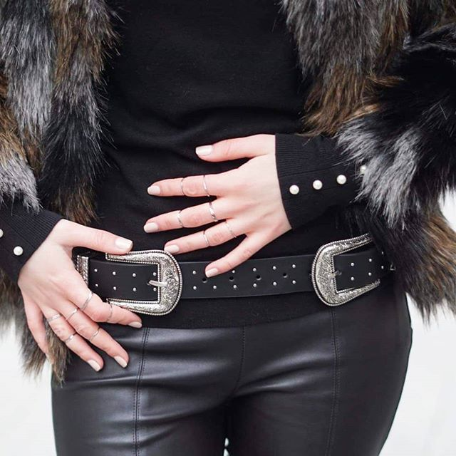 """Billie Jean"" kinda vibe I guess 🔥🔥 Leaving the lady outfits for 2018 ❄ 