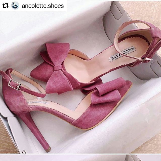 I am in love. ❤ @ancolette.shoes #leather #madeinRo #shoelove
