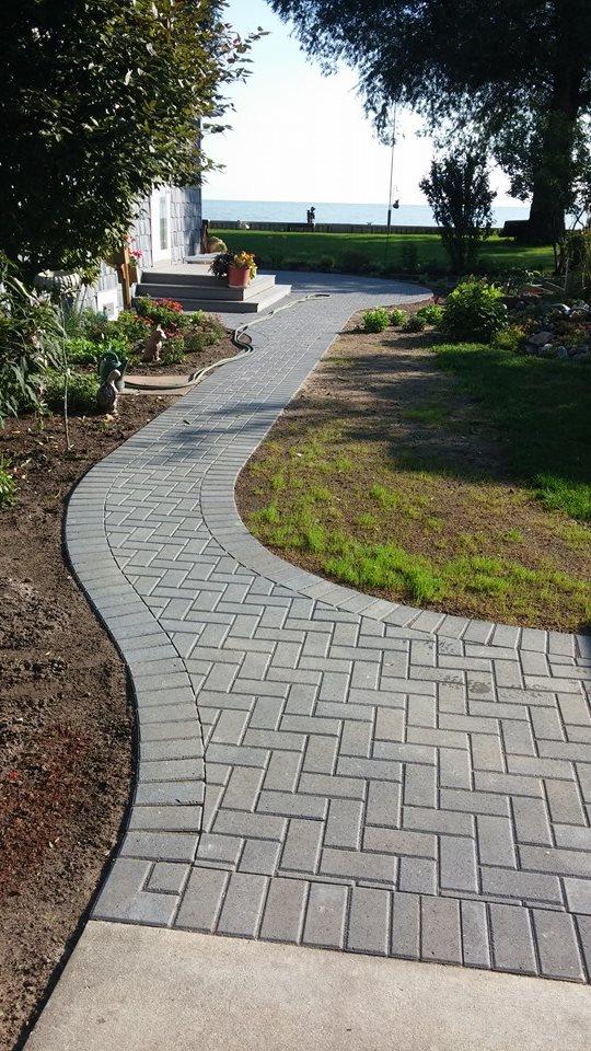 paver walkway.jpg